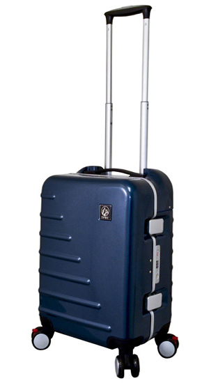 Travelers Club Zephyr Carry On Spinner Suitcases
